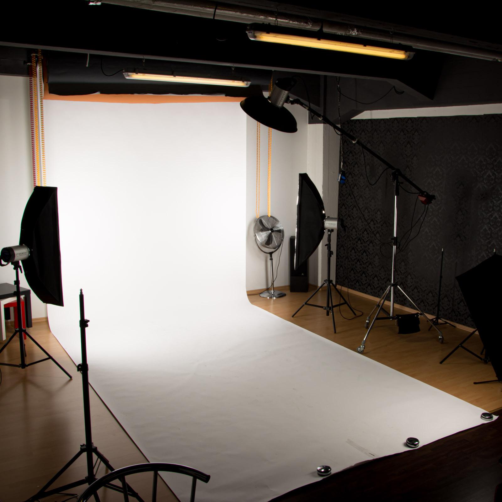 SiaLinda Shooting Making of