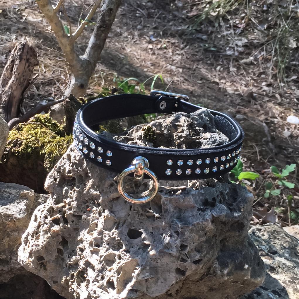 SiaLinda Halsband Elch schwarz mit Kristall