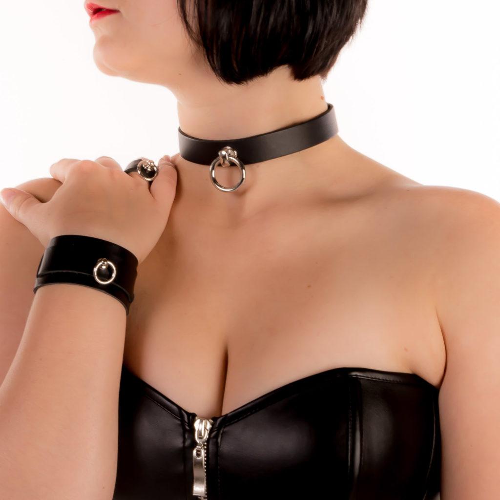 Lederhalsband mit O-Ring