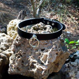Halsband aus echtem Leder mit O-Ring
