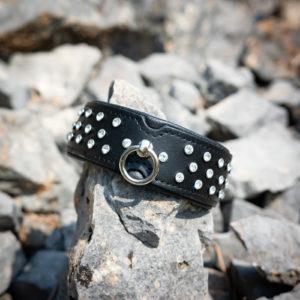 SiaLinda breites Lederhalsband Strass O-Ring
