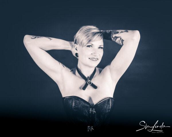 SiaLinda Halsband Schleife